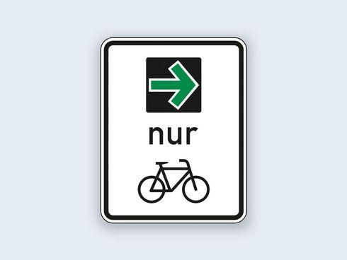 Verkehrsschild gruener Pfeil für Radfahrende